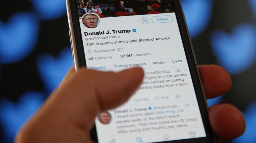 """Từ năm 2015 đến 2020, đã có ít nhất hơn 100 nhân vật bảo thủ, ủng hộ Tổng thống Trump hoặc đưa tin sự thật mà """"phật lòng"""" Big Tech đều bị Twitter trừng phạt."""