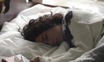 4 loại thực phẩm và 3 loại trà giúp bạn nhanh chóng đi vào giấc ngủ (Phần I)