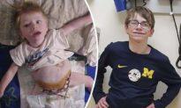 Nghị lực phi thường của cậu bé có nội tạng ngoài thân thể
