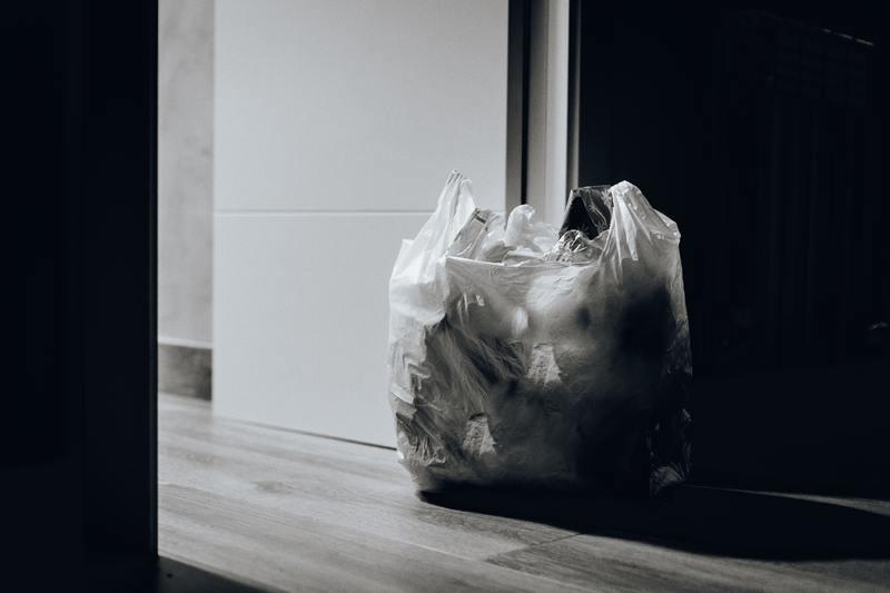 Đối với người Nhật, việc mang theo túi rác trong cả chuyến đi dài không có gì bất tiện, đó là sự thể hiện của trách nhiệm.