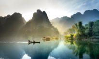Thuận theo tự nhiên, đức lớn của Trời Đất là sinh thành, dưỡng dục