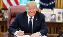 Tổng thống Trump tặng tiền lương để khôi phục các tượng đài bị phá hủy