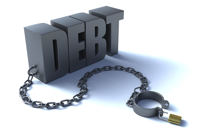 Mô hình tăng trưởng nóng ngắn hạn chính là dùng các khoản vay nợ để kích hoạt sự tăng trưởng của nền kinh tế khiến quốc gia, doanh nghiệp và cá nhân phải gánh chịu những khoản nợ khổng lồ.