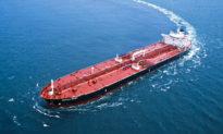 Tích trữ lượng dầu thô khổng lồ trên biển và mua dầu Venezuela bất chấp 'lệnh cấm vận': Trung Quốc có 'thúc ép' Mỹ ra đòn trừng phạt nặng hơn?