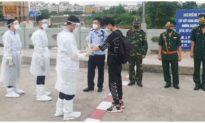 Trao trả 5 công dân người Trung Quốc nhập cảnh trái phép vào Việt Nam