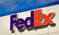 Cựu đại tá Không quân Mỹ làm việc cho FedEx được trả tự do sau 9 tháng bị giam giữ tại Trung Quốc