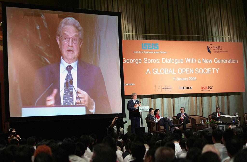 Vụ rò rỉ hơn 2.500 tài liệu từ Quỹ Xã hội Mở (OSF) cho thấy tầm ảnh hưởng sâu rộng của George Soros trong chính trường Mỹ nói riêng và các nước phương Tây nói chung.
