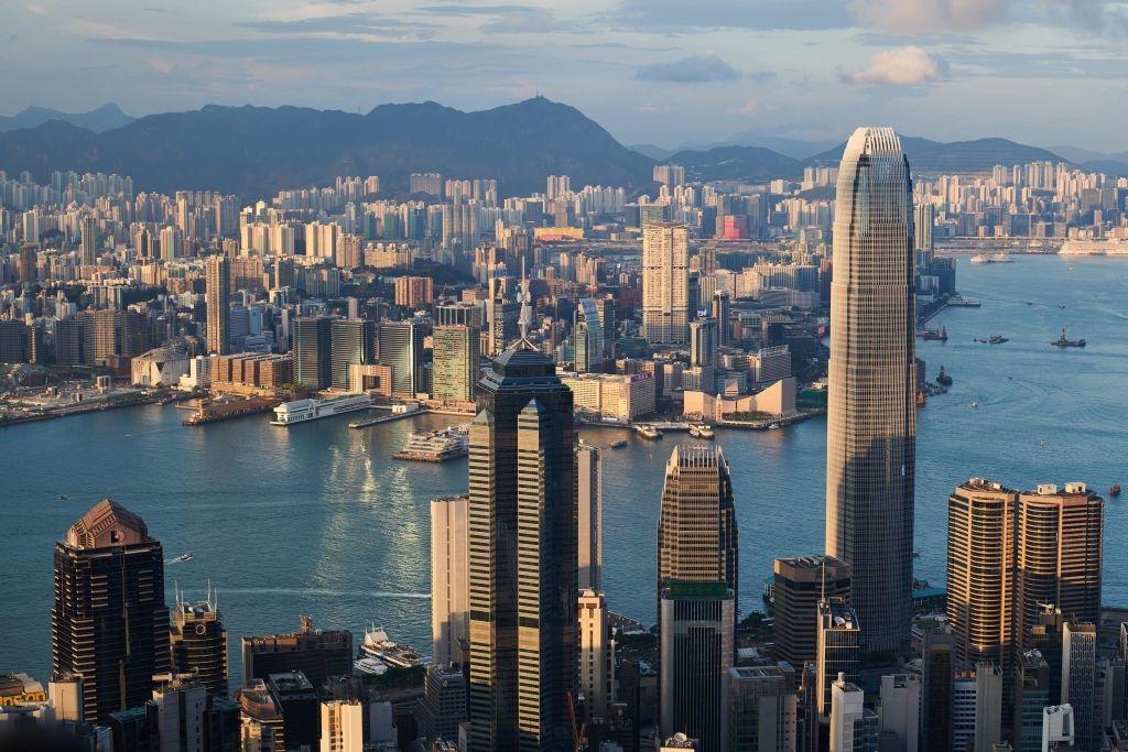 Trung Quốc đã được hưởng lợi rất nhiều từ vị thế độc đáo của Hong Kong.