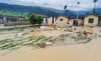 Người dân Trung Quốc nói sự quản lý yếu kém của chính quyền dẫn đến lũ lụt nghiêm trọng