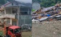 Trung Quốc: Lũ lụt làm sập nhà mới xây, chủ nhà khóc không ra nước mắt: 'Chỉ trách nhân họa'