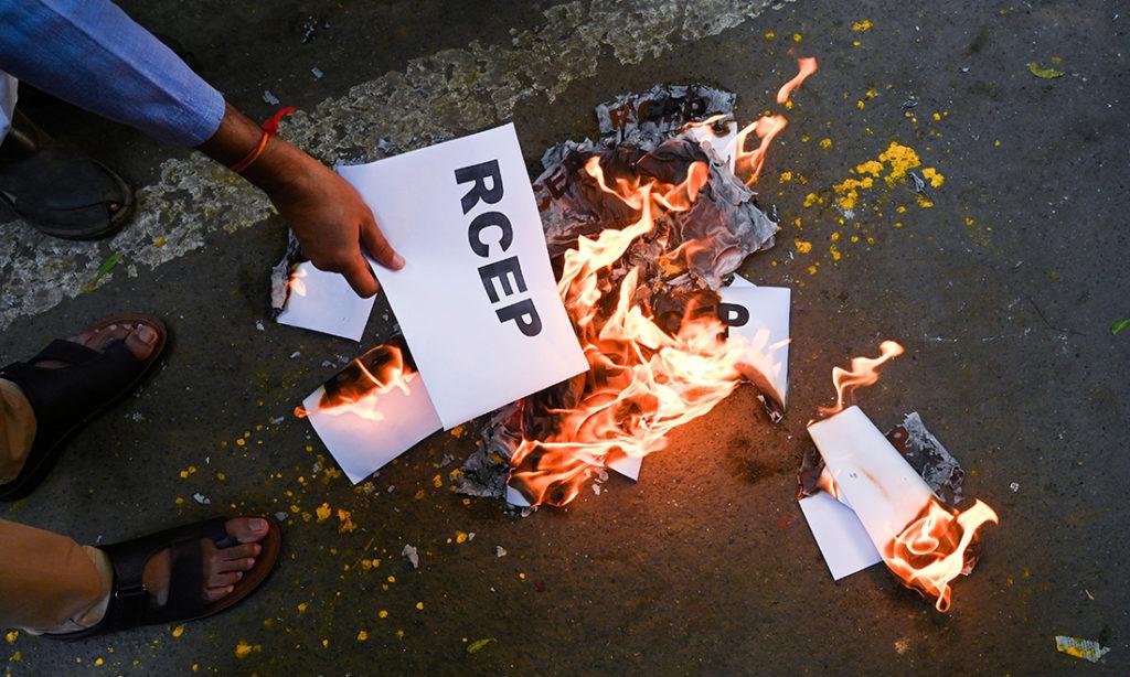 Ấn Độ tuyên bố không tham gia vào bất kỳ hiệp định thương mại nào có Trung Quốc