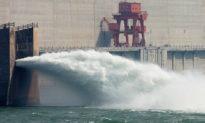 Đỉnh lũ số 2 của sông Trường Giang tràn vào đập Tam Hiệp, dự kiến 4 ngày tới sẽ đến Vũ Hán
