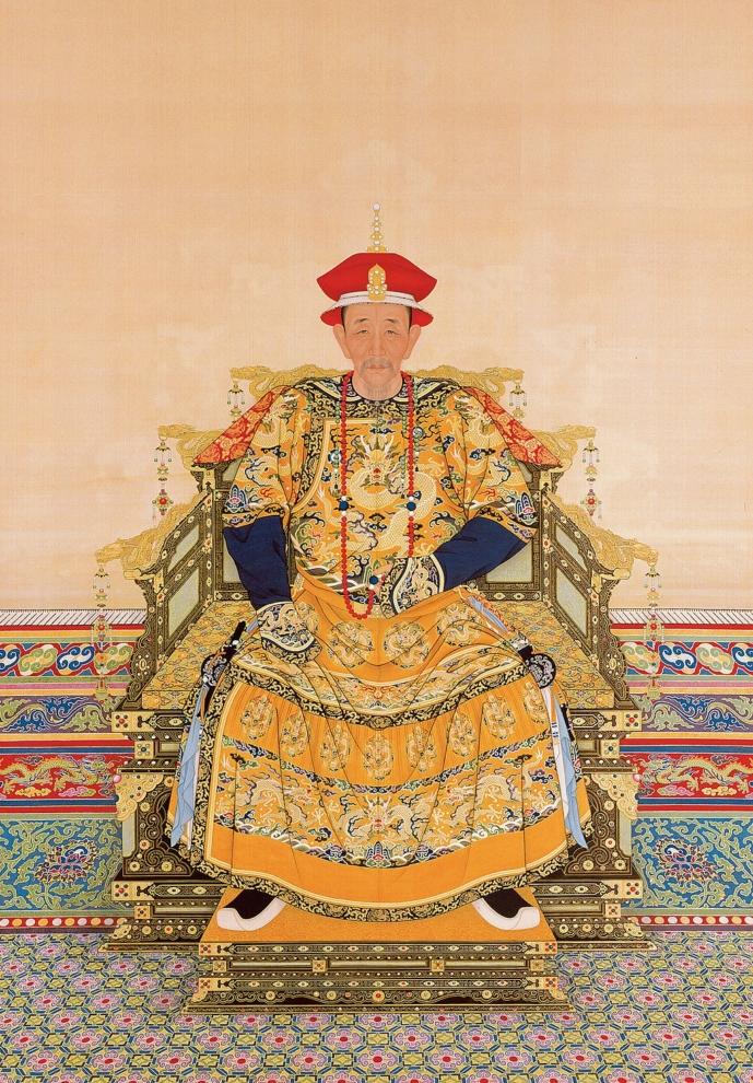 Các hoàng đế Trung Hoa đặt hình tượng Phượng Hoàng trong cung điện hoặc thêu lên hoàng bào, tượng trưng cho chiến thắng, uy quyền.