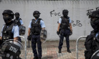 """Phóng viên của The Epoch Times bị theo dõi trong bối cảnh Hồng Kông bị """"kìm kẹp"""""""