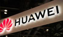 Huawei rơi vào 'tình trạng hỗn loạn thời chiến', nhân viên cao cấp liên tục từ chức