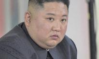 Trợ lý cựu tổng thống Hàn Quốc tiết lộ Kim Jong Un vẫn hôn mê, các hình ảnh gần đây đều là giả