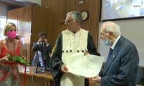 Cụ ông già nhất nước Ý nhận bằng tốt nghiệp: Tri thức giống như báu vật