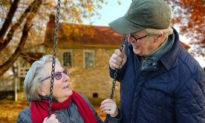 Tại sao phụ nữ lại sống lâu hơn đàn ông? Thói quen nói lên tất cả