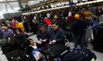 Thành viên Đảng Cộng sản Trung Quốc bị trục xuất ngay tại sân bay Mỹ