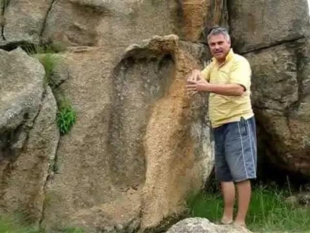 Người khổng lồ và người lùn trên Trái đất đã đi đâu?