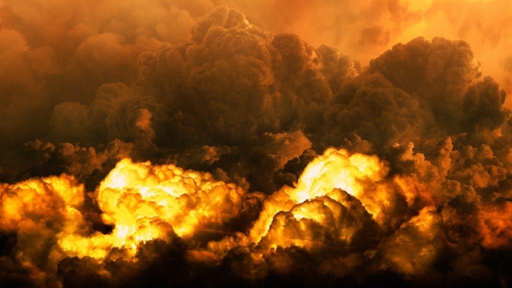 Trên thực tế, các vụ hỏa hoạn trong hai năm qua cũng không phải là nhỏ. Nhưng Thần Tai Họa nói rằng hỏa hoạn năm nay dường như là vẫn chưa tới...