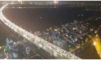 12 ô tô đâm liên hoàn trên cầu Nhật Tân, giao thông vào nội thành Hà Nội 'tê liệt'