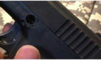 Truy tìm 2 đối tượng nổ súng trong quán cà phê ở Long An