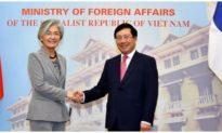 Hàn Quốc đề nghị Việt Nam tăng tần suất các chuyến bay thương mại