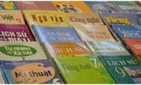 Bộ GD&ĐT yêu cầu quản lý việc bán sách giáo khoa, không ép học sinh mua tài liệu tham khảo