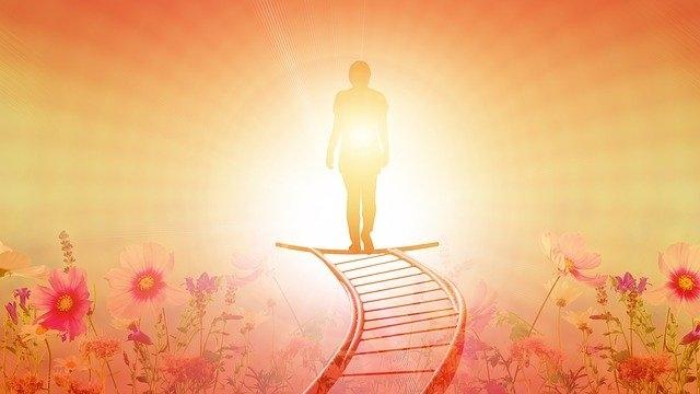 Kiến thức cổ xưa sẽ quay trở lại nhân gian, và những người có thiên phú đặc thù sẽ được sinh ra giữa mọi người. Lúc này trong nhân loại sẽ có những người có khả năng tâm linh đặc biệt.