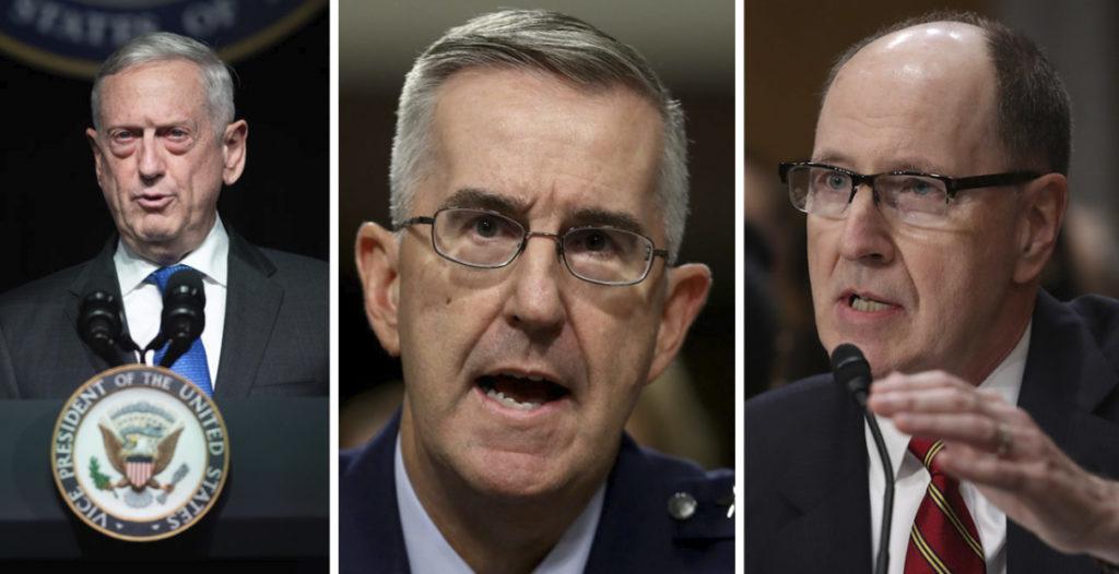Lần lượt từ trái sang: Cựu Bộ trưởng Quốc phòng James Mattis; Tướng John Hyten, Phó Chủ tịch Hội đồng Tham mưu trưởng Liên quân; Tướng Không quân đã nghỉ hưu Robert Kehler là những người công khai tuyên bố quân đội sẽ không tuân theo mệnh lệnh của Tổng thống.