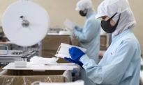 Việt Nam có cơ hội trở thành 'công xưởng sản xuất khẩu trang của thế giới'?