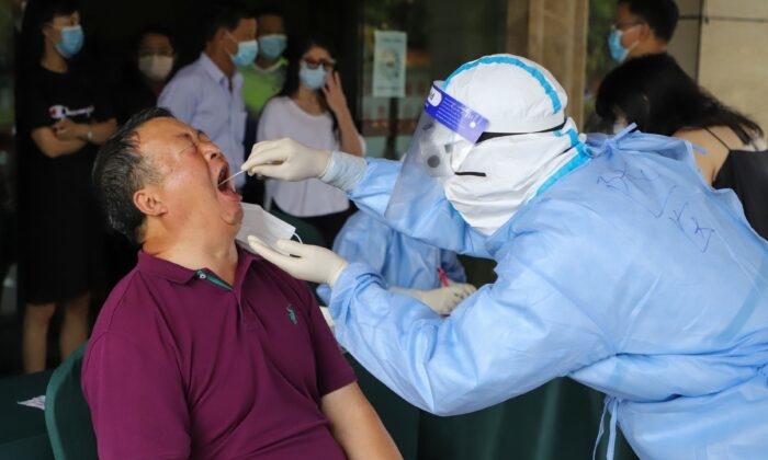 Trung Quốc phong tỏa toàn bộ thành phố giáp Việt Nam sau khi có 2 ca nhiễm virus Vũ Hán