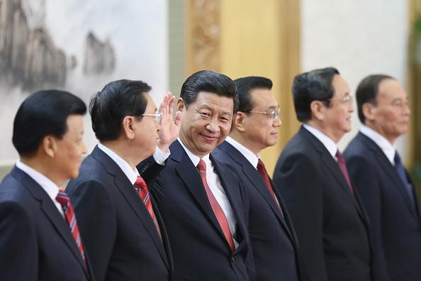 """Tất cả mọi """"chuyển động"""" của nền kinh tế Trung Quốc đều do ĐCSTQ kiểm soát, đã đến lúc thế giới cần đặt ra câu hỏi: """"Làm sao thoát khỏi ĐCSTQ) (Ảnh: Feng Li/Getty Images)"""