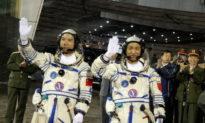 Tại sao Trung Quốc có tàu vũ trụ nhưng lại không thể sản xuất được động cơ xe hơi?