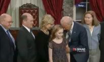 Lý do Twitter xóa video Joe Biden sờ soạng các bé gái là gì?