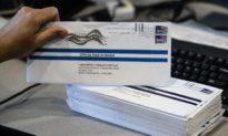 FBI phát hiện 7 phiếu bầu qua thư cho ông Trump bị loại bỏ