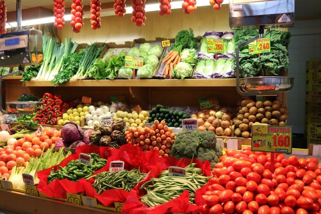 Nếu còn xanh hoặc đã bị hư hại, 5 loại rau củ quả sau sẽ chứa đầy độc tố