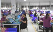 Chuỗi cung ứng dịch chuyển của Apple tạo ra 'sự bùng nổ' ở nông thôn Việt Nam