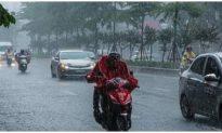 Xuất hiện vùng áp thấp giữa biển Đông, không khí lạnh gây mưa to ở Bắc Bộ