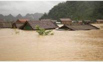 Quảng Bình đề nghị dùng trực thăng, người nhái tiếp tế người dân vùng lũ
