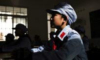 Hối lộ, mua chuộc, tẩy não và đe dọa cả trẻ em, là những cách cảnh sát Trung Quốc đang áp dụng…
