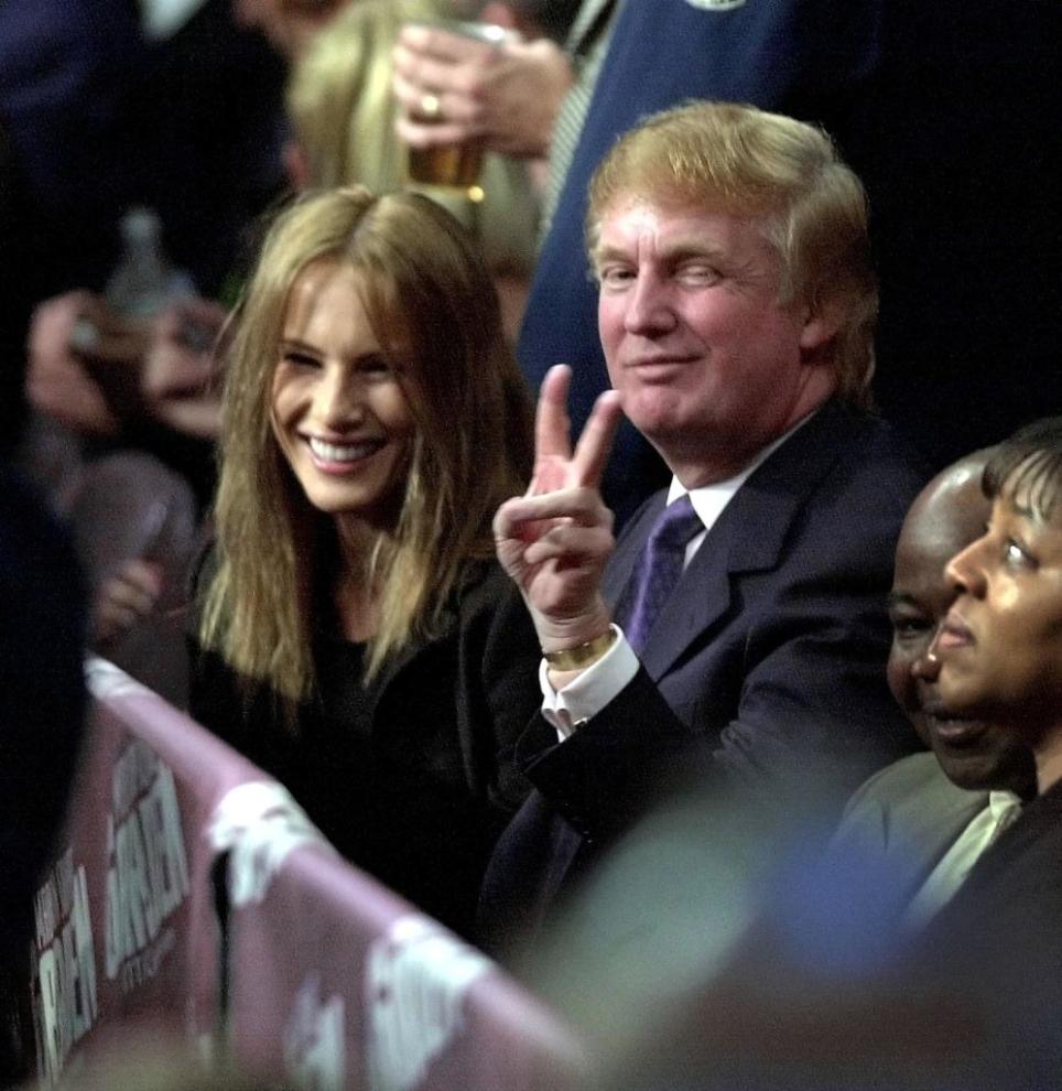 Lần đầu tiên gặp Donald Trump và chưa biết nhiều điều về ông, Melania đã từ chối cho ông số điện thoại.