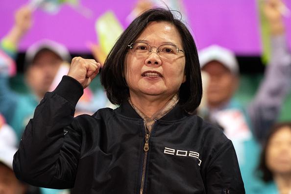 Tổng thống đương nhiệm của Đài Loan Thái Văn Anh trên sân khấu, trước cuộc bầu cử tổng thống vào ngày 8 tháng 1 năm 2020 tại Đào Viên, Đài Loan (Ảnh của Carl Court / Getty Images)