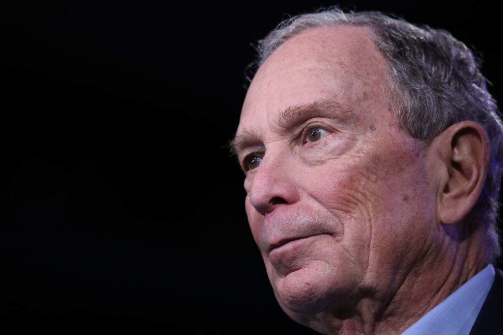 """Bản thân tỷ phú Mike Bloomberg đã từng là một nhà """"biện hộ"""" cho ĐCSTQ. Bloomberg khẳng định Tập Cận Bình không phải là một nhà độc tài."""