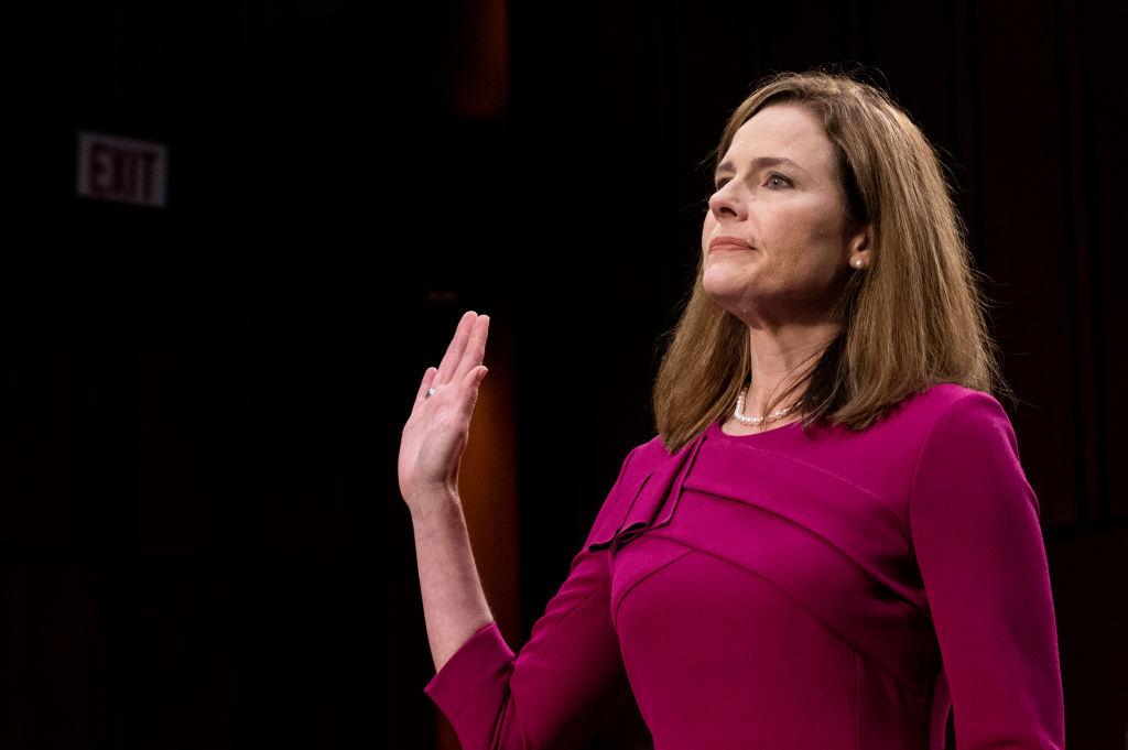 Ủy ban Tư Pháp Thượng viện Hoa Kỳ phê chuẩn thẩm phán Amy Barrett vào Tối cao Pháp viện