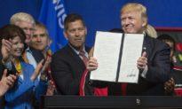 Chuyên gia: Chiến lược thuế quan của Trump thật sự 'lợi hại' thế nào với ngành sản xuất Hoa Kỳ