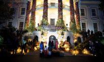 Nhà Trắng trang hoàng cho Lễ hội Halloween