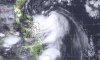 Cập nhật bão số 9: Sẵn sàng xe tăng, trực thăng, sơ tán 1,3 triệu dân