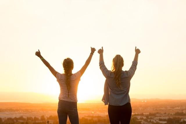 Người xung quanh bạn đều vui vẻ hạnh phúc, thế thì cuối cùng người hạnh phúc nhất nhất định sẽ là chính bạn.